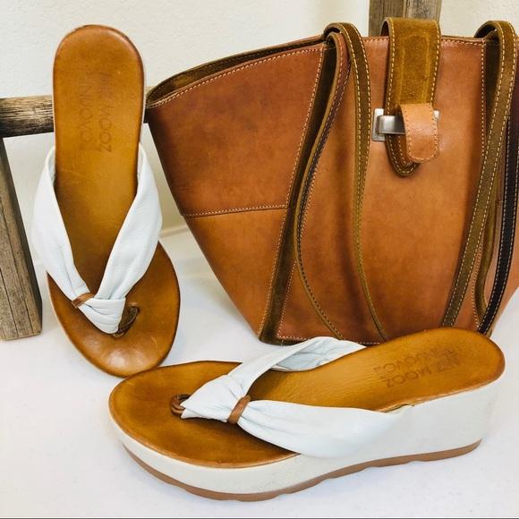255985d8f0e ... Inuovo Leather Platform Sandal. M 5c460f41f63eeae796cf70b0